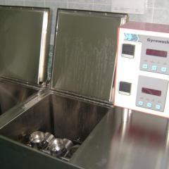 Приборы для определения стойкости цвета при стирке, чистке (Gyrowash)